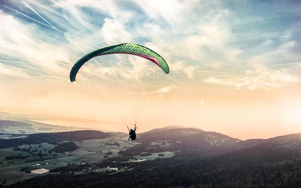 Flyet, flymaden og faldskærmen – om fremtidens udvikling og innovation