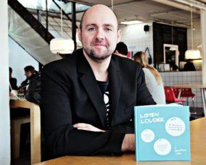 Jonathan Løw og Listen Louder bogen