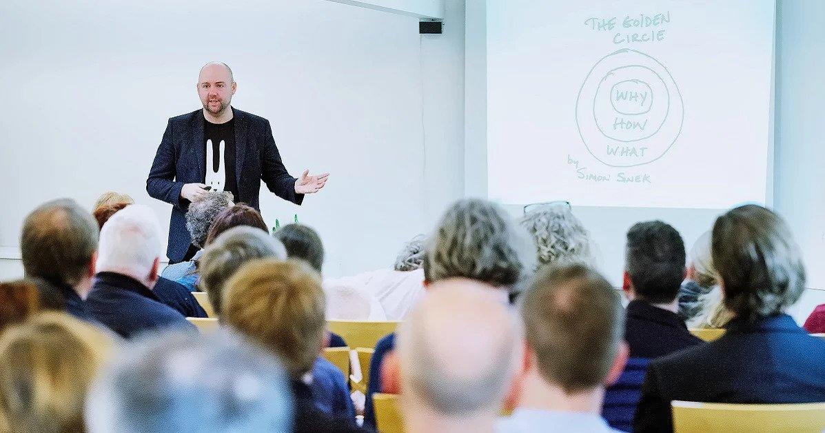 foredragsholder og forfatter Jonathan Løw fortæller om iværksætteri og startups